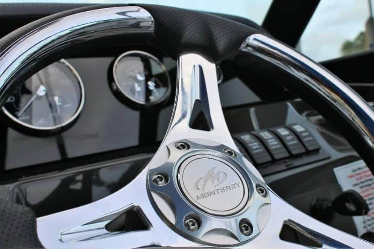 Close up image of Monterey M-65 lux steering wheel